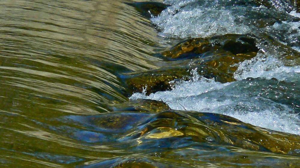 Agua y piedras (4/4)